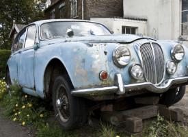 Daimler verkauft 15 Niederlassungen in Ostdeutschland