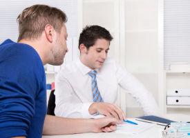 Worauf muss ich bei einem Zeitarbeitervertrag achten?