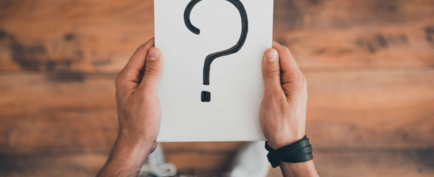 Geheimcodes im Arbeitszeugnis: Was die Formulierungen wirklich bedeuten