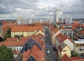 Wohnungen für viele unbezahlbar: Forderungen nach billigeren Wohnungen