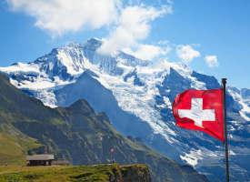 Schweizer Bürger entscheiden sich gegen strikte Zuwanderungsbeschränkungen