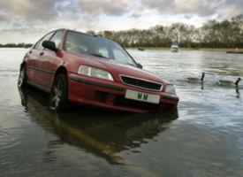 KfZ-Versicherung: Das müssen Sie bei Unwetterschäden beachten