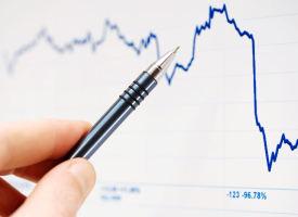 Weltwirtschaft: Leichter Rückgang