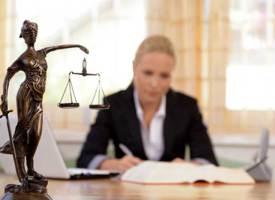 Verbraucherzentrale warnt: Finanzinstitute drängen auf Kündigung