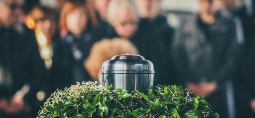 Altersvorsorge – sollte man die eigene Bestattung selbst planen?
