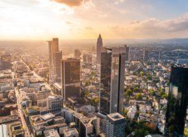 Direktbank oder Filialbank – Vor- & Nachteile beider Bankarten